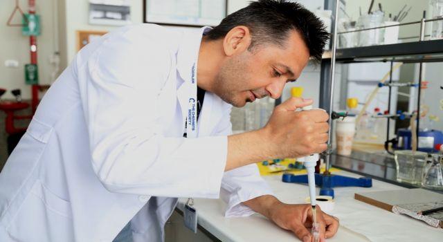 Asü'nün Kanser İlaç Çalışmasına Tübitak Desteği