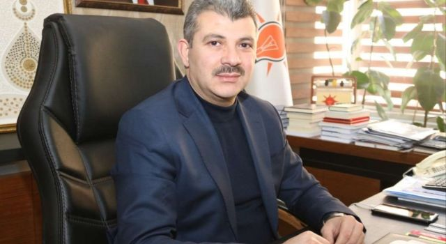 Aym Üyesi'ne Ak Parti Aksaray'dan Da Kınama