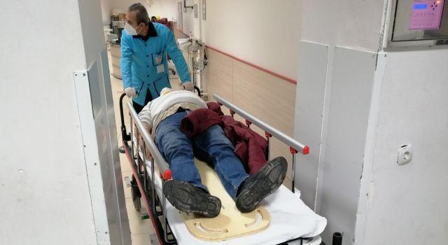 Hatalı Sollama Kaza Getirdi 2 Yaralı