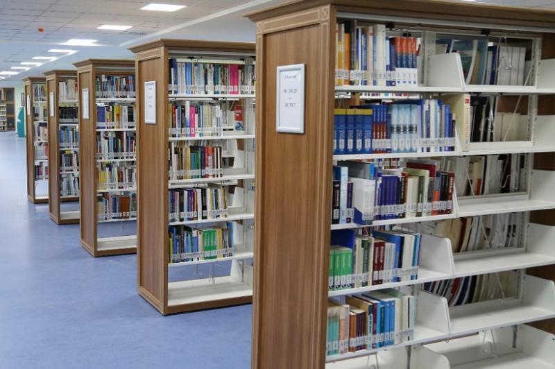 ASÜ Kütüphanesi Elektronik İçeriğiyle Öğrencilerin Hizmetinde