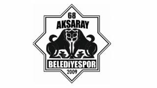 """3 Futbolcuya """"Kulüp Bulun"""" Denildi"""