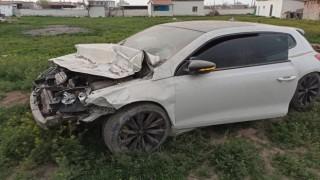 Aşırı hız yapan sürücü şarampole düştü