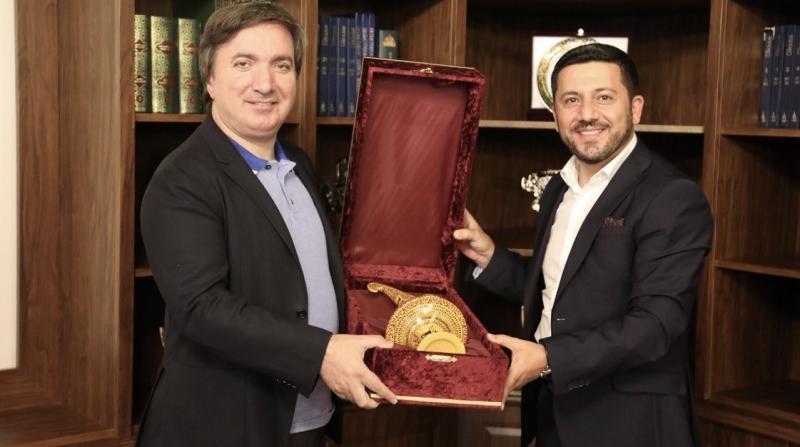 Vali Aydoğdu, Belediye Başkanı Arı'yı Ziyaret Etti